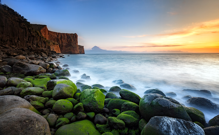 Green Stones by Landscape Photographer Jorge Feteira on 500px.com