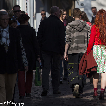 Red Woman in Red, Canon EOS 5D MARK II, Canon EF 70-200mm f/2.8 L