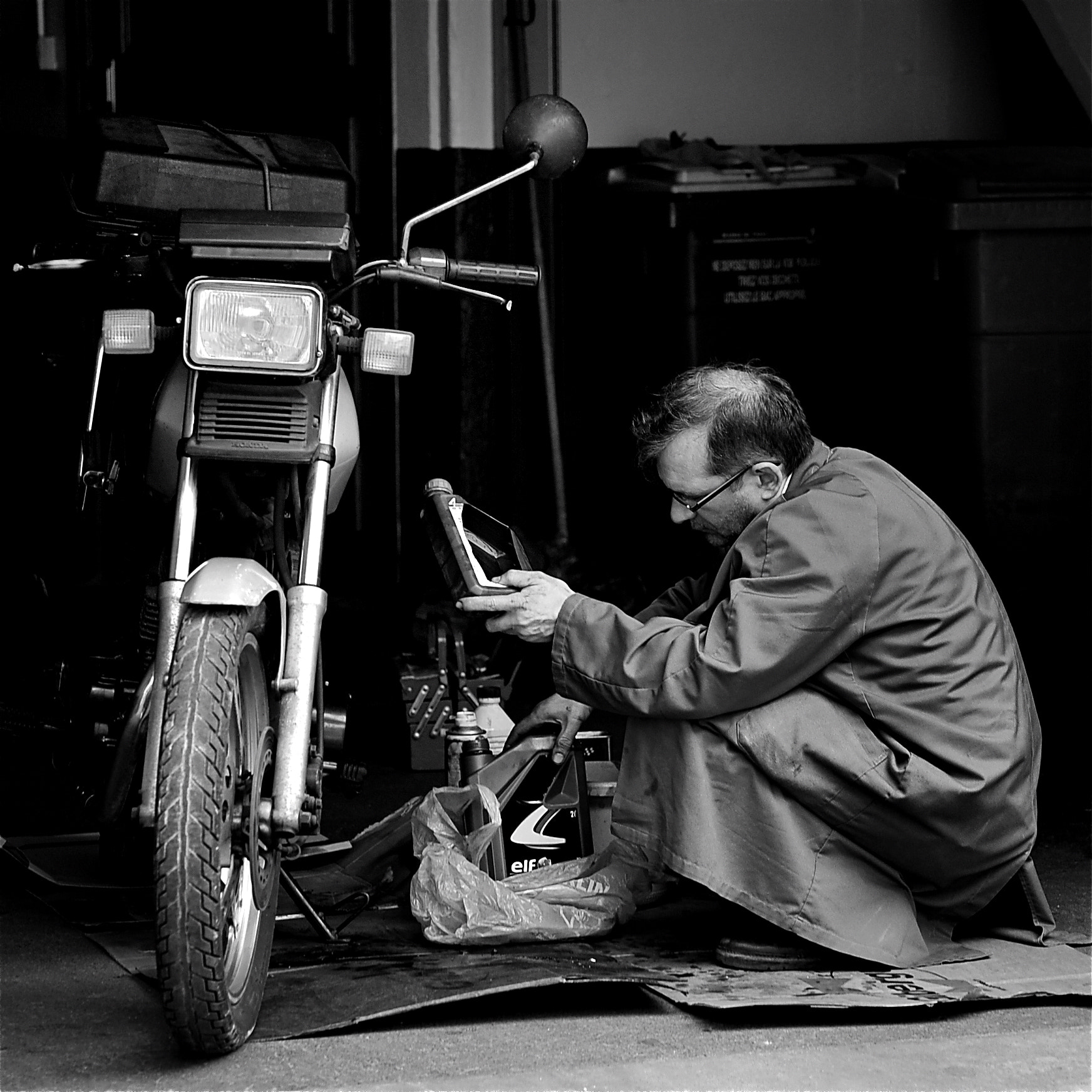 Photograph Maintenance by Guib_Did Didier on 500px