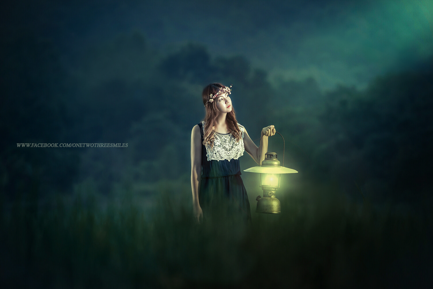 Photograph Woman with the lantern by Chao Pavit on 500px