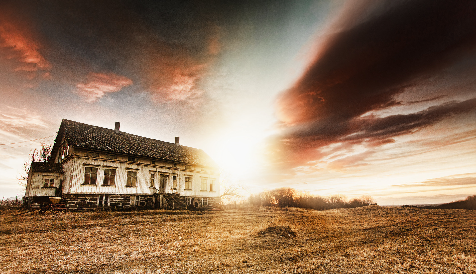 Photograph The old house by Tommy  Angelsen on 500px
