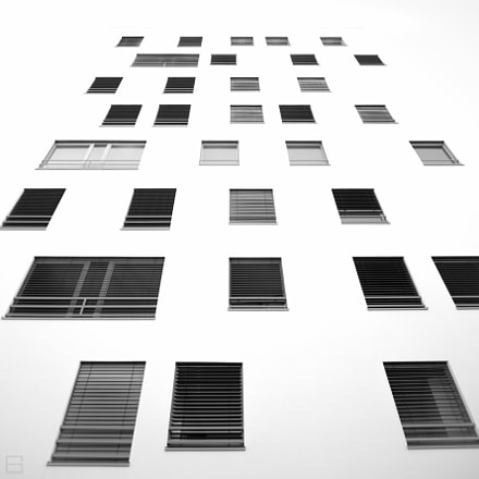 Windows, Canon EOS 6D, 20mm F1.4 DG HSM | Art 015