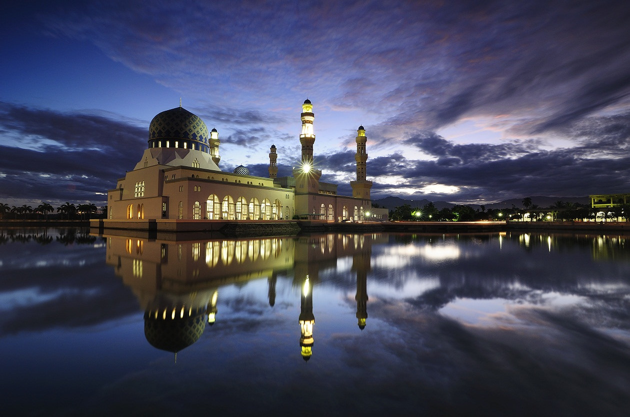 Photograph Masjid Bandaraya Likas by Muhammad Khasif on 500px