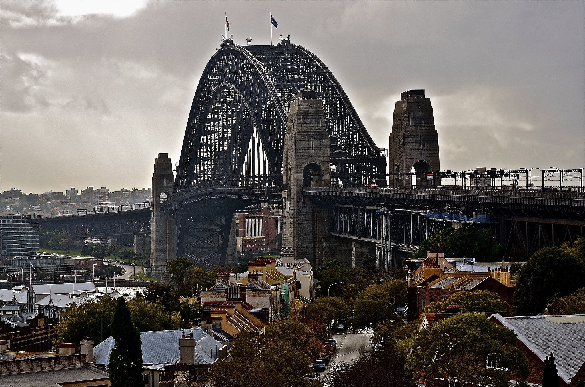 Photograph Sydney Icon. by Warren Patten on 500px