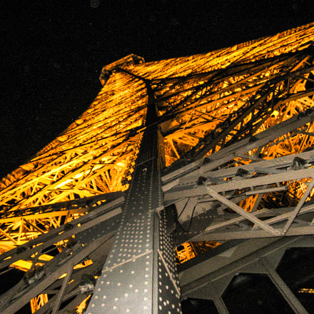 (Eiffel) tower of light..., Canon POWERSHOT A570 IS