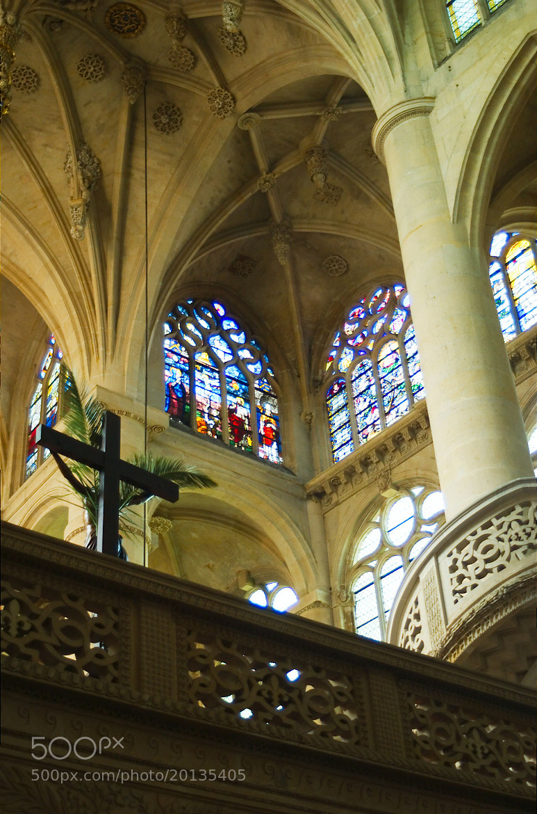 Photograph Paris church by Man Ching Cheung on 500px