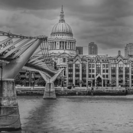 Millennium Bridge - London, Sony DSC-WX150
