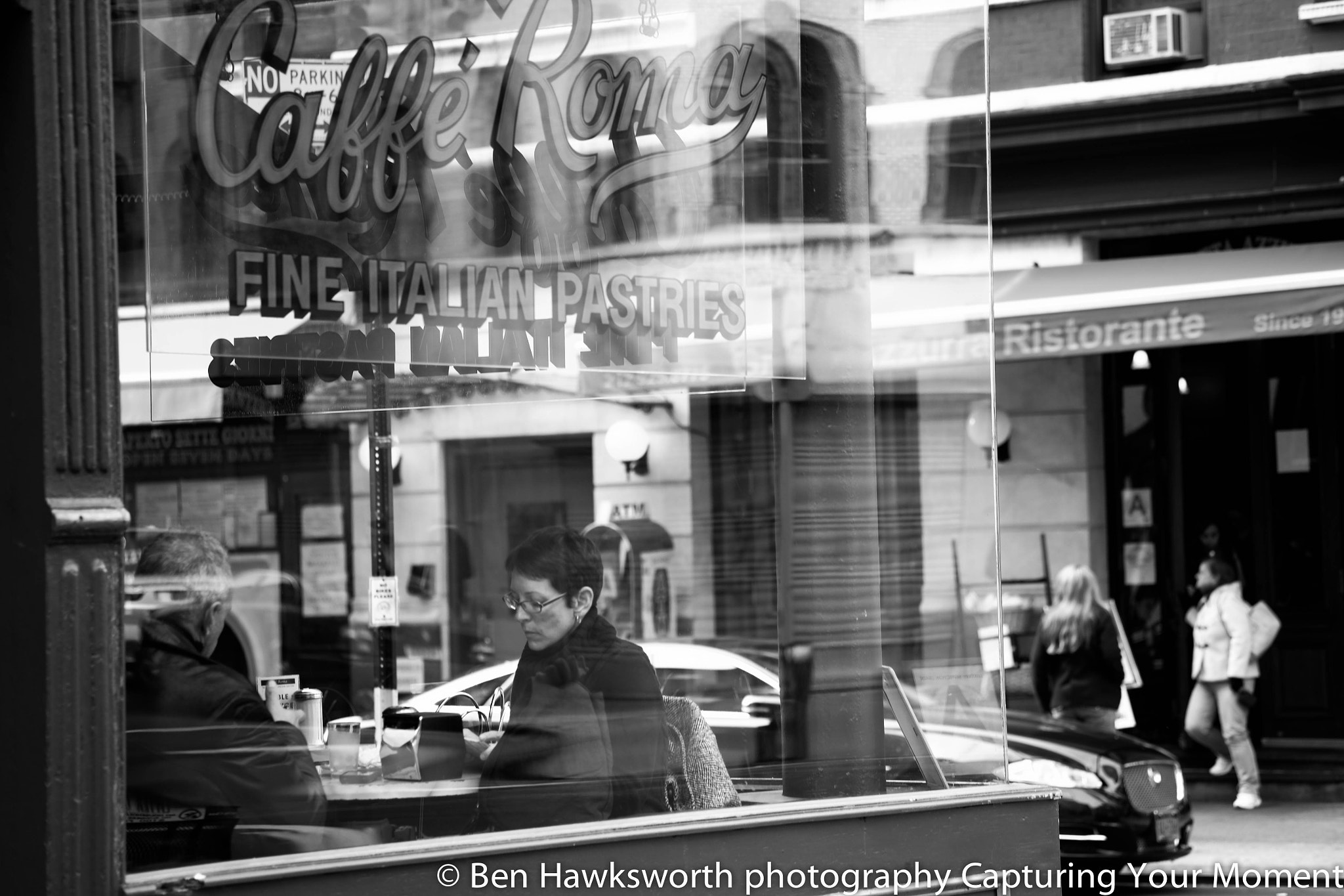 Photograph At the Cafe on the Corner. by Ben Hawksworth on 500px