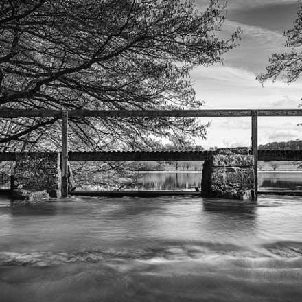 Overflow Walkway, Canon EOS 700D, Canon EF 16-35mm f/4L IS USM