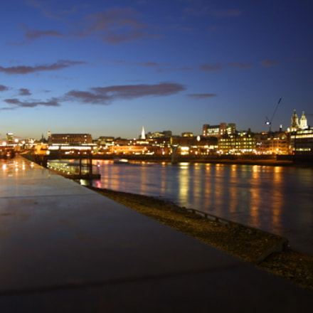 london&thames, Canon EOS D30, Sigma 18-50mm f/3.5-5.6 DC