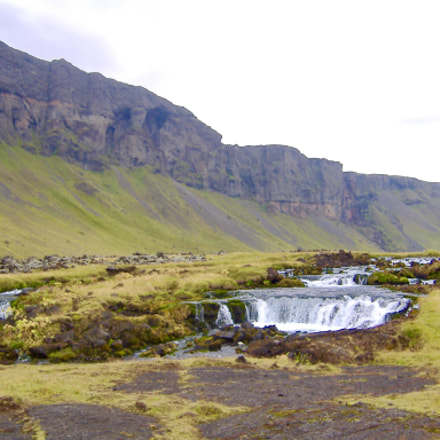 Valley in Iceland, Fujifilm FinePix A345