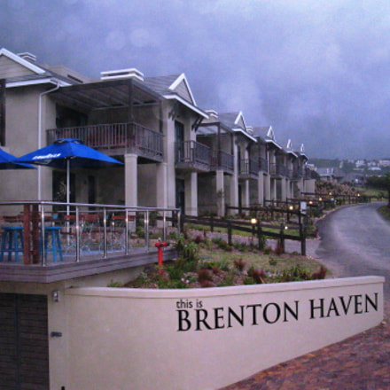 Brenton Bloo Hotel, Canon POWERSHOT A2000 IS
