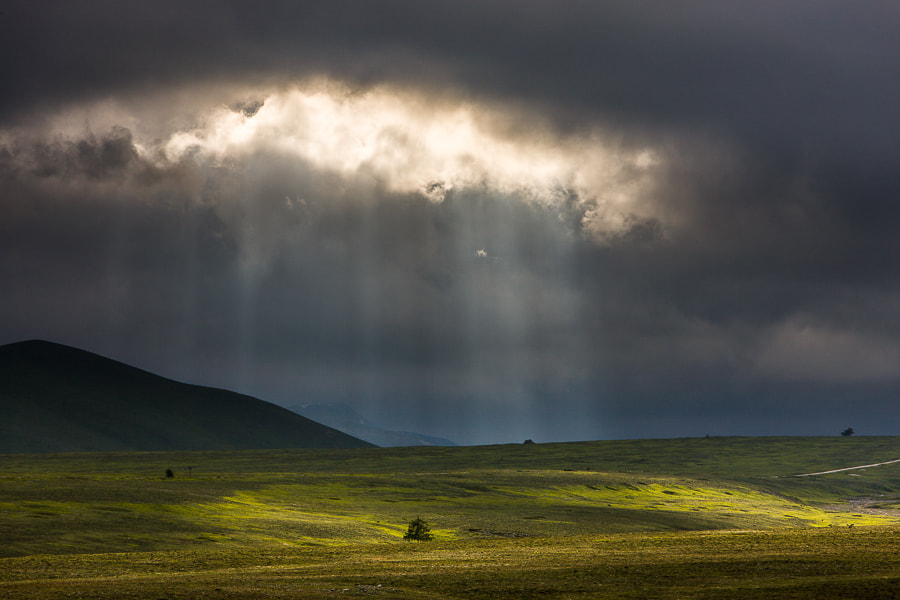 Photograph Drama on Campo Imperatore by Hans Kruse on 500px