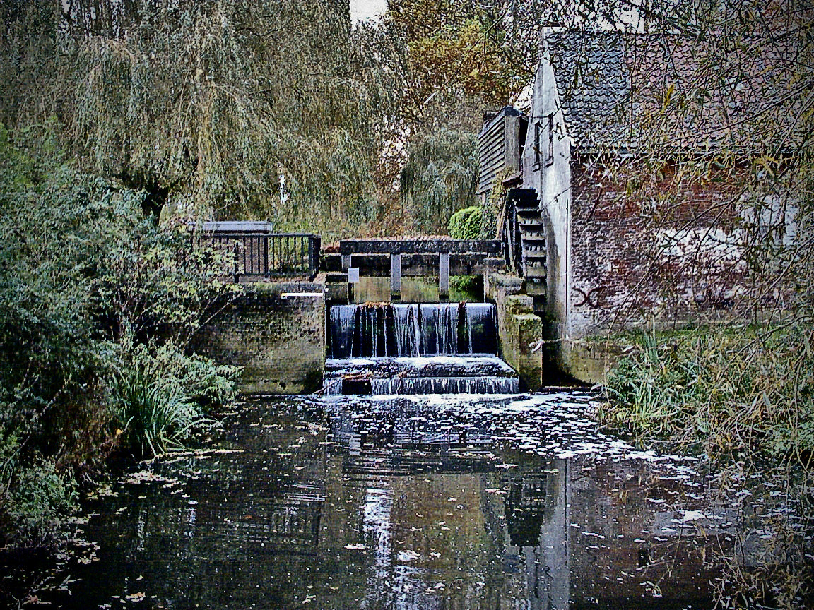 Photograph WATER WHEEL  by oeth 0401 on 500px