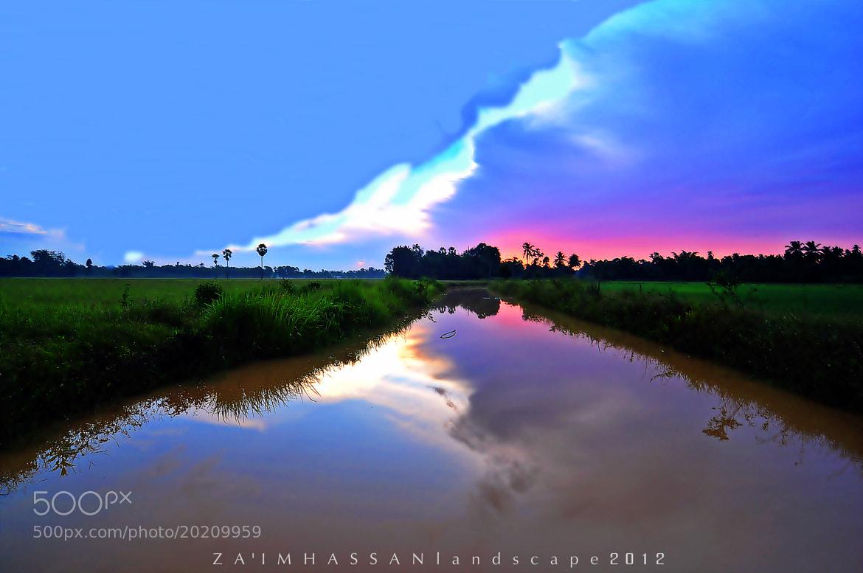 Photograph Pagi yang gelap, kini sudah terang. by Za'im Hassan on 500px
