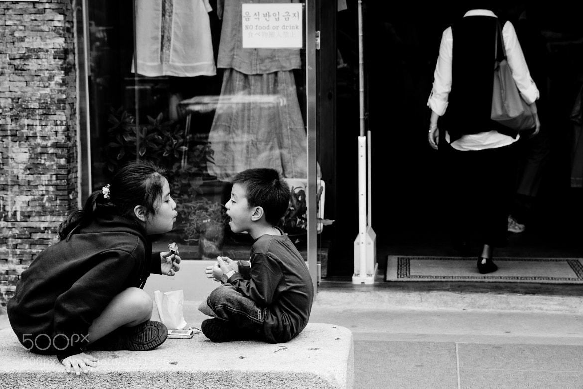 Photograph Bubbles or Kiss by Phillipe Han on 500px