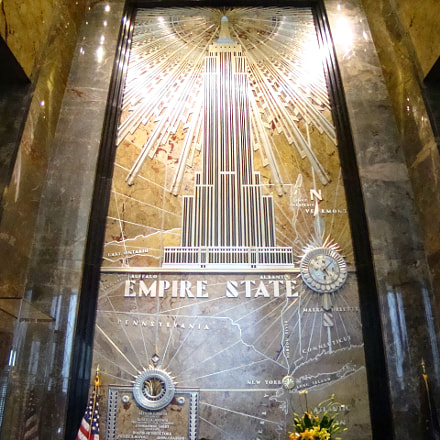 Empire State Building hall, Sony DSC-W130