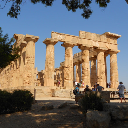 Greek Temple of Segesta 2, Nikon COOLPIX S3100