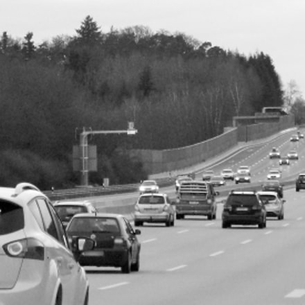 On the highway, Canon POWERSHOT G7