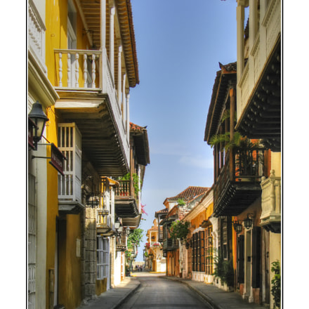 Cartagena And Its Balconies, Canon POWERSHOT SX100 IS