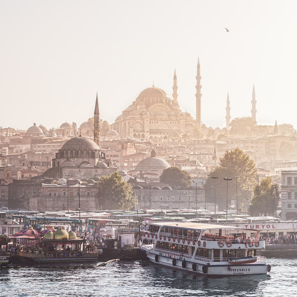 Photograph Calima sobre Estambul by David Marquez on 500px