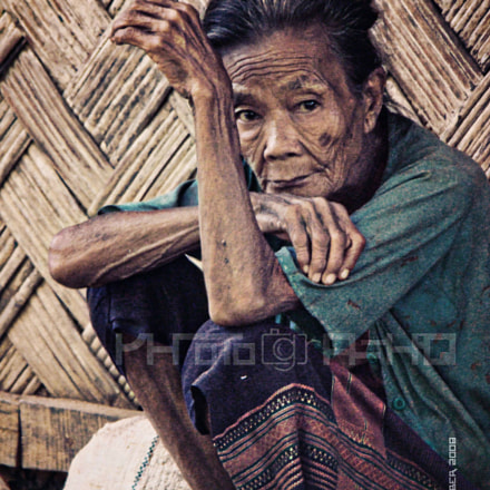 Tribal Woman, Sony DSC-H7