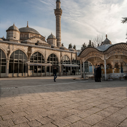 Historic mosque, Canon EOS 5D, Tamron AF 19-35mm f/3.5-4.5