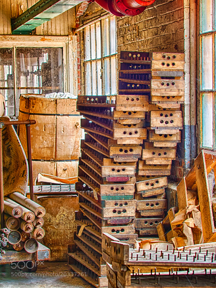 Photograph Mill Containers by Greg Bosque on 500px