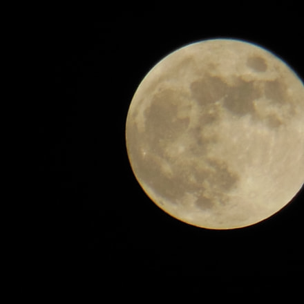 Full Moon, Nikon COOLPIX S9200