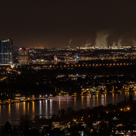 Bonn at night, Sony ILCA-77M2, Tamron AF 18-200mm F3.5-6.3 XR Di II LD Aspherical [IF] Macro
