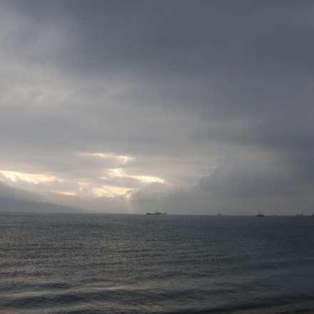 dark clouds on sea, Sony DSC-W300