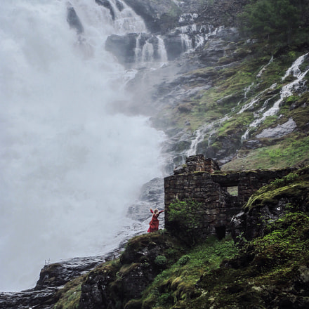 Singing waterfall.Norway, Canon POWERSHOT A2100 IS