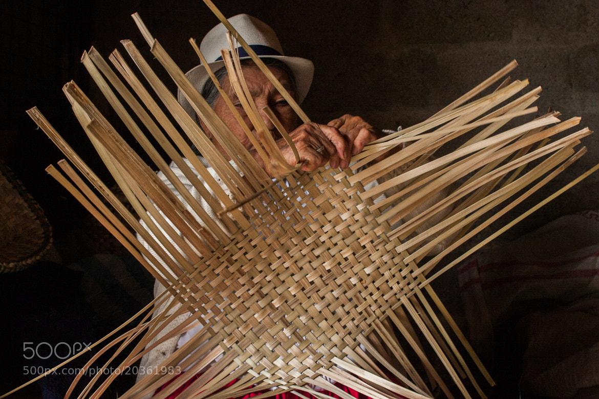 Photograph Making Baskets by Arnau Ruiz de Villa on 500px