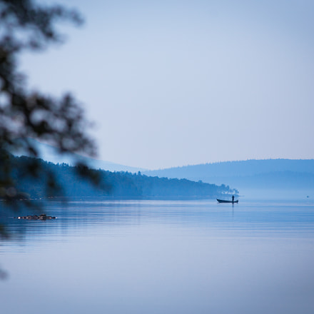 Fishing in the morning, Canon EOS 6D, Canon EF 200mm f/2.8L