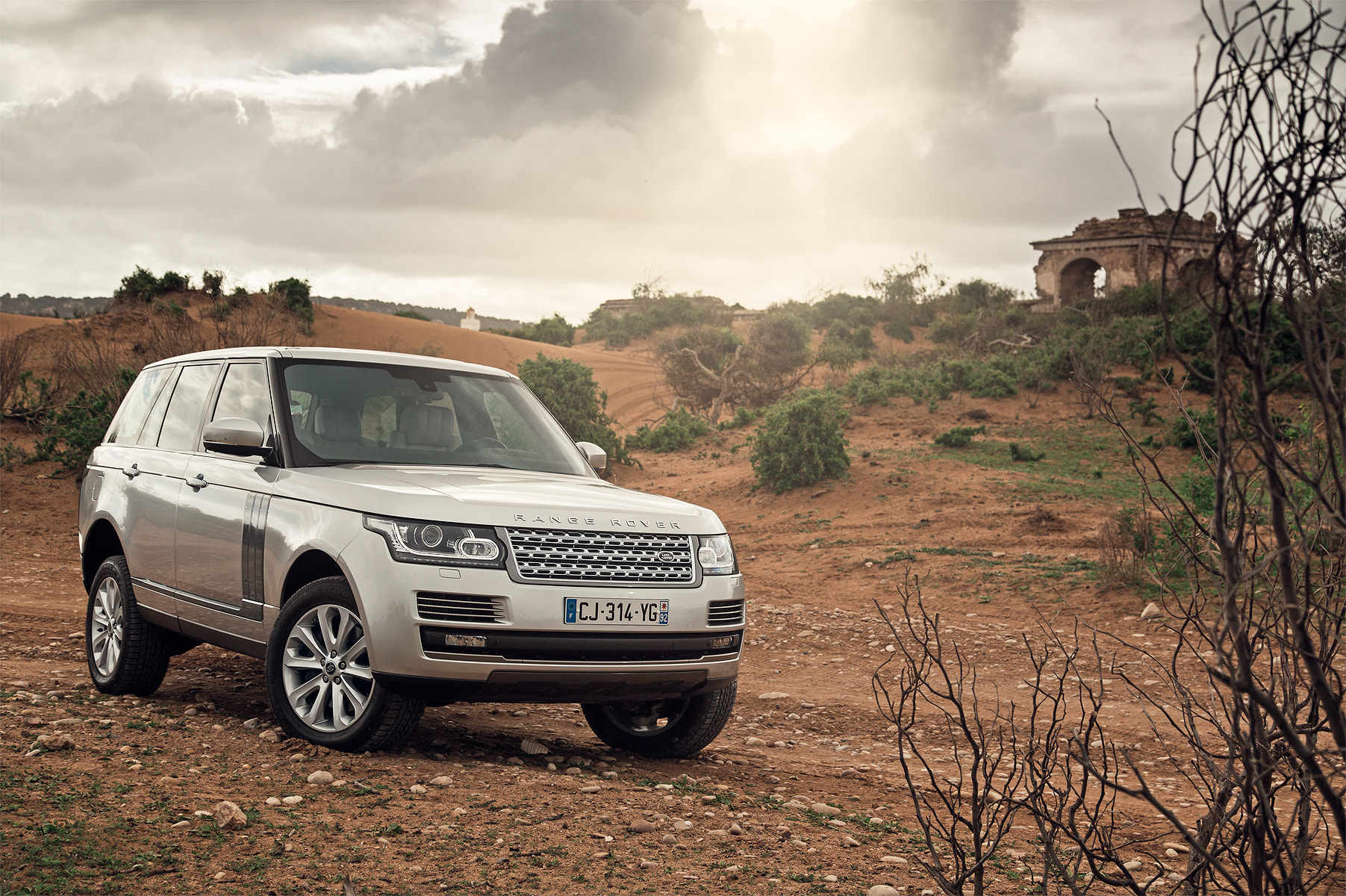 Photograph Range Rover in Morocco by Alexey Sulima on 500px