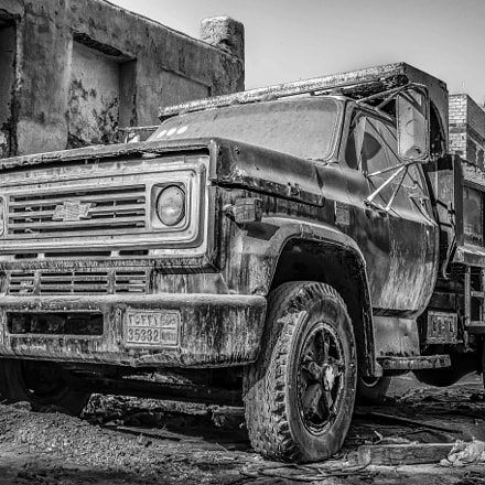 THE TRUCK, Canon EOS 7D MARK II, Canon EF 28-300mm f/3.5-5.6L IS