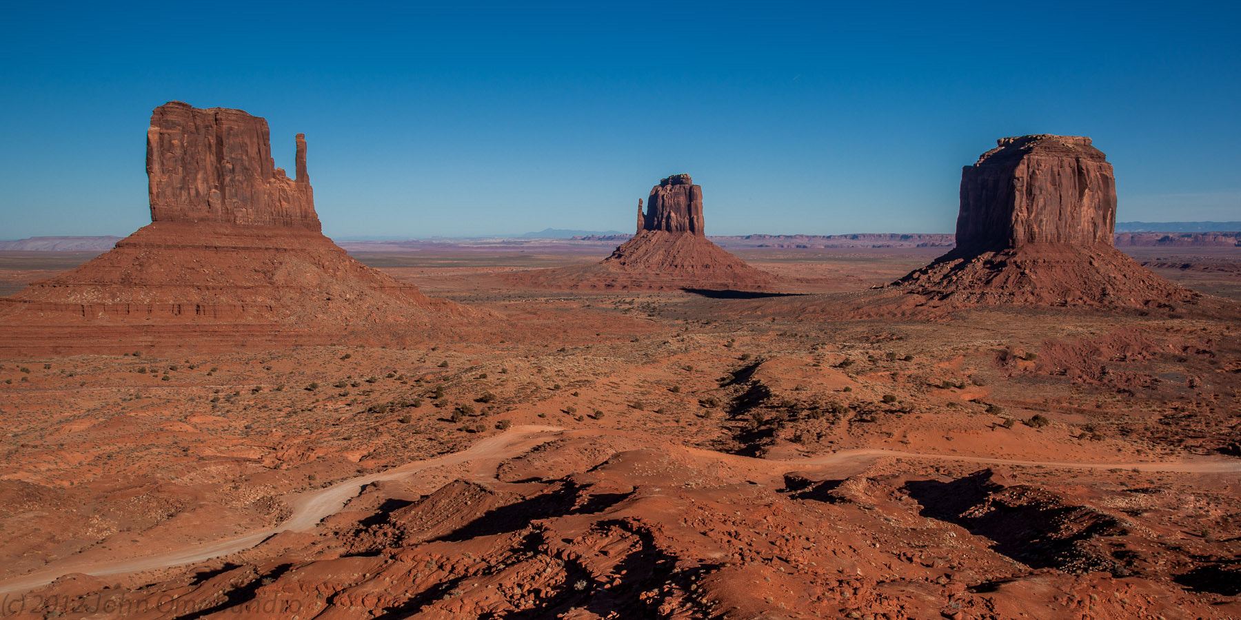 Photograph Monument Valley on a Clear Day by John Omohundro on 500px