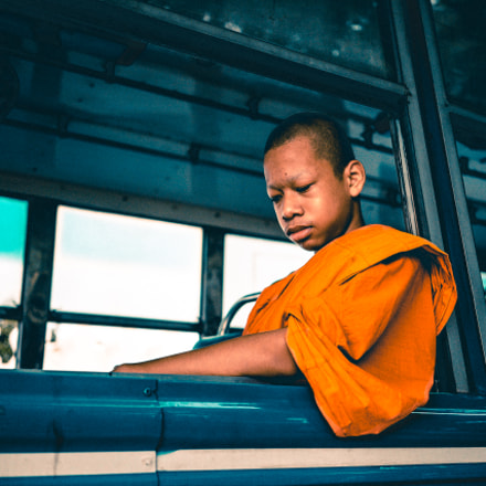 Young monk in a, Sony ILCE-7M2, Sony FE 35mm F2.8 ZA