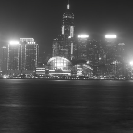 City Lights (B&W) #3, Canon EOS 500D, Canon EF 35-105mm f/3.5-4.5