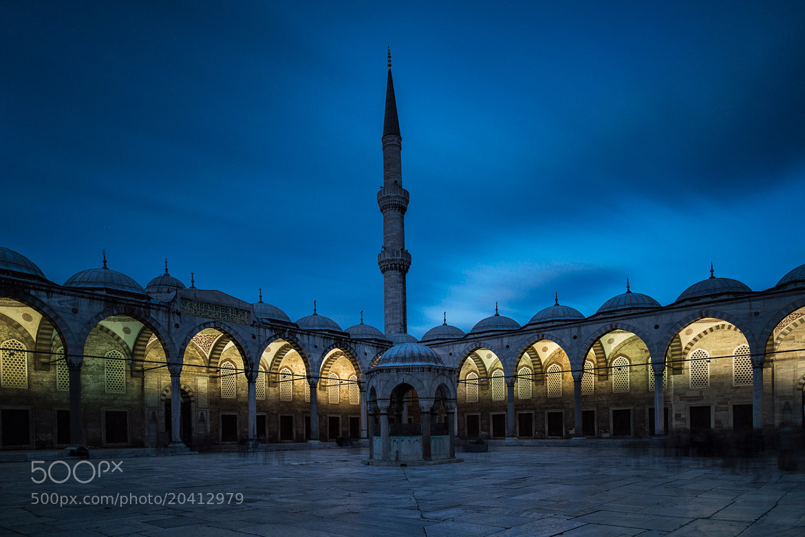 Photograph Courtyard, Blue Mosque, Istanbul by Ajit Menon on 500px