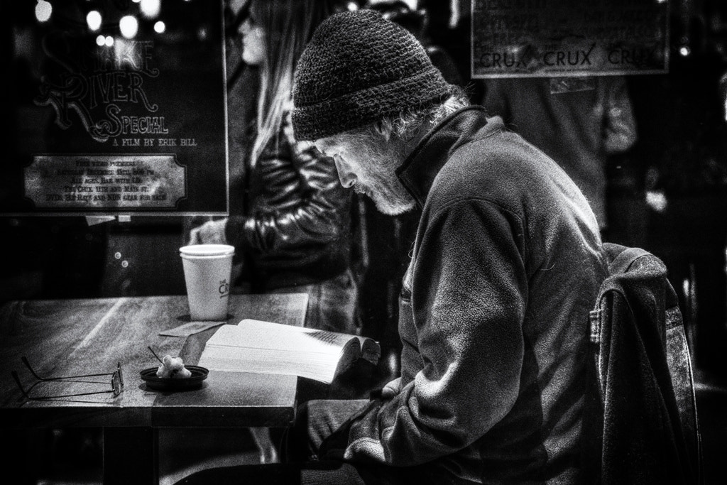 Photograph Reading at the Crux by Chad Estes on 500px
