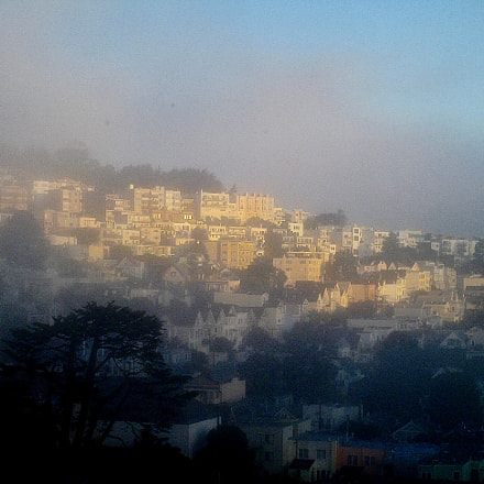 Morning fog, upper Noe, Canon POWERSHOT SD870 IS