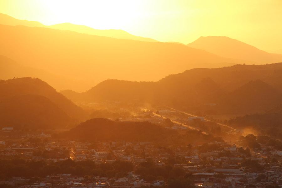 Sunset at Ixtlán del Río by Félix Urbina on 500px.com