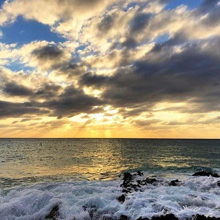 sundowner_caymanislands_goprohero5_caymansunset_liveinthemoment.jpg