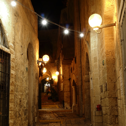 Street Lights of Jaffa, Canon EOS M3, Canon EF-M 11-22mm f/4-5.6 IS STM