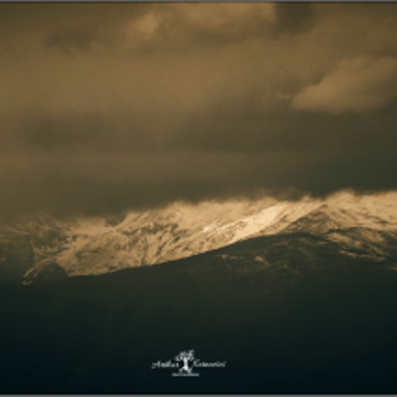 The Lonely Mountain, Canon EOS 70D, Canon EF 55-200mm f/4.5-5.6 II USM