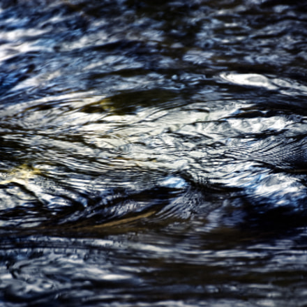 abstract dark water surface, Nikon D5500, Tamron SP 70-300mm f/4-5.6 Di VC USD (A005)