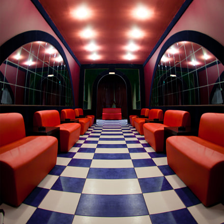 Room with a checkered, Canon EOS 5D MARK II, Canon EF 15mm f/2.8 Fisheye