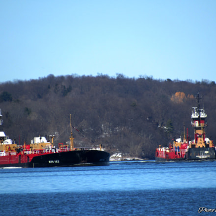 Barges on the Hudson, Canon POWERSHOT SX530 HS