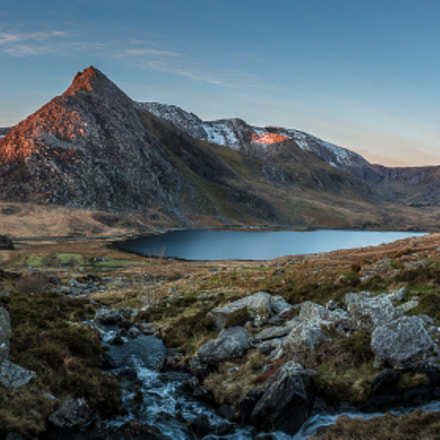Sunrise over Tryfan, Canon EOS 70D, Canon EF-S 18-55mm f/3.5-5.6 III